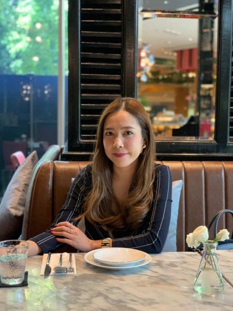 Restaurant, Sitting, Lunch, Brunch